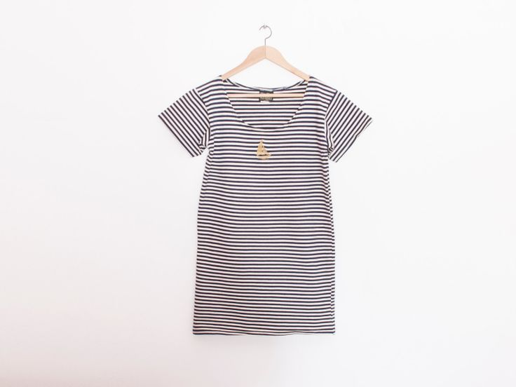 90+s+dépouillé+de+NOS+tshirt+vintage+robe+bleu+par+blessthatdress,+€23,00