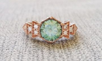 15 Eye-Catching Engagement Rings That Will Have You Green With Envy