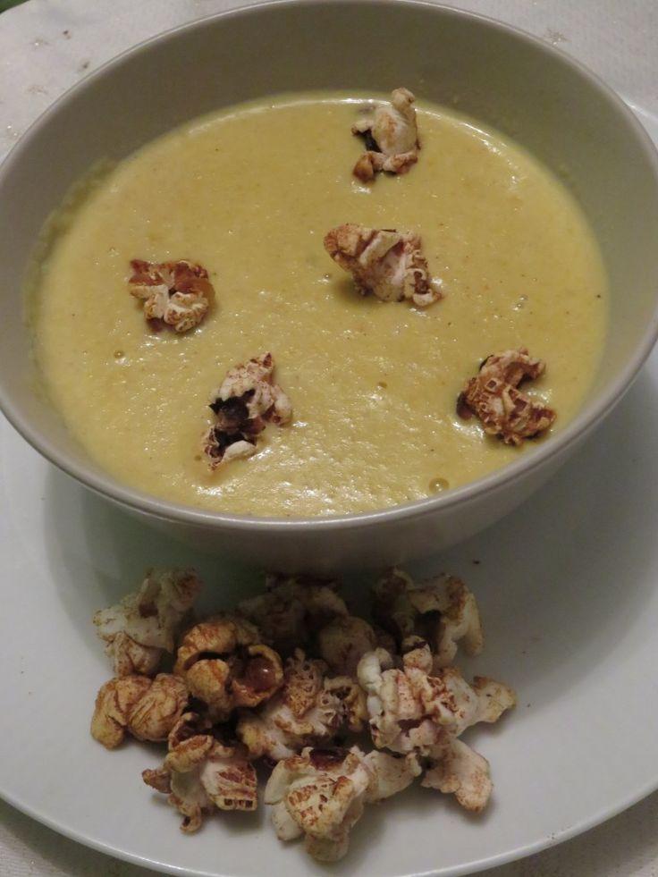 Soupe de maïs au popcorn salé