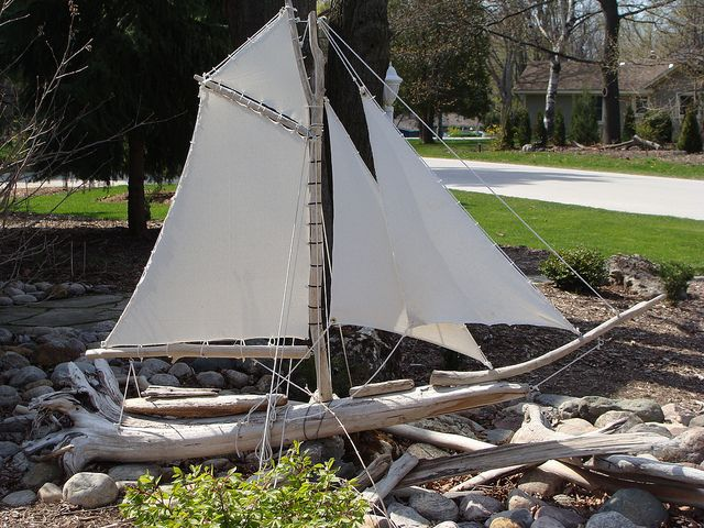 21 best images about diy driftwood sail boat on pinterest for Diy driftwood sailboat