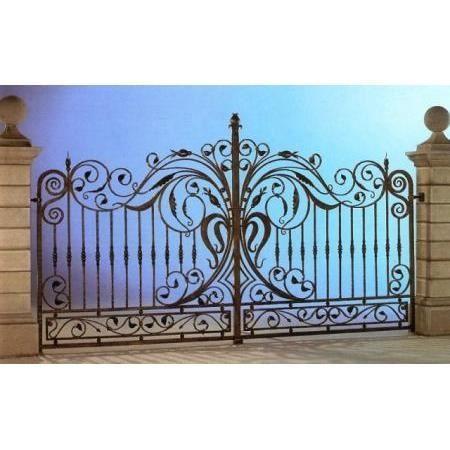 1000 id es sur le th me portail fer forg sur pinterest for Portillon de jardin en fer forge