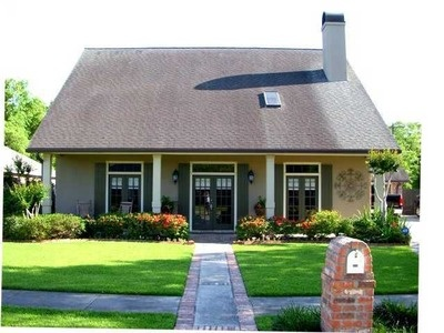 Landscape acadian style home architecture i love for Acadian style house
