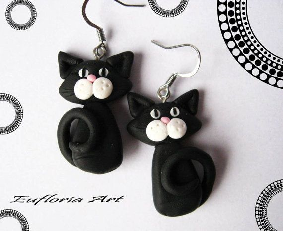 Cute black cat earrings, handmade of polymer clay. These adorable cats earrings are perfect gift for truly cat lovers.  They are suitable for everyday use.