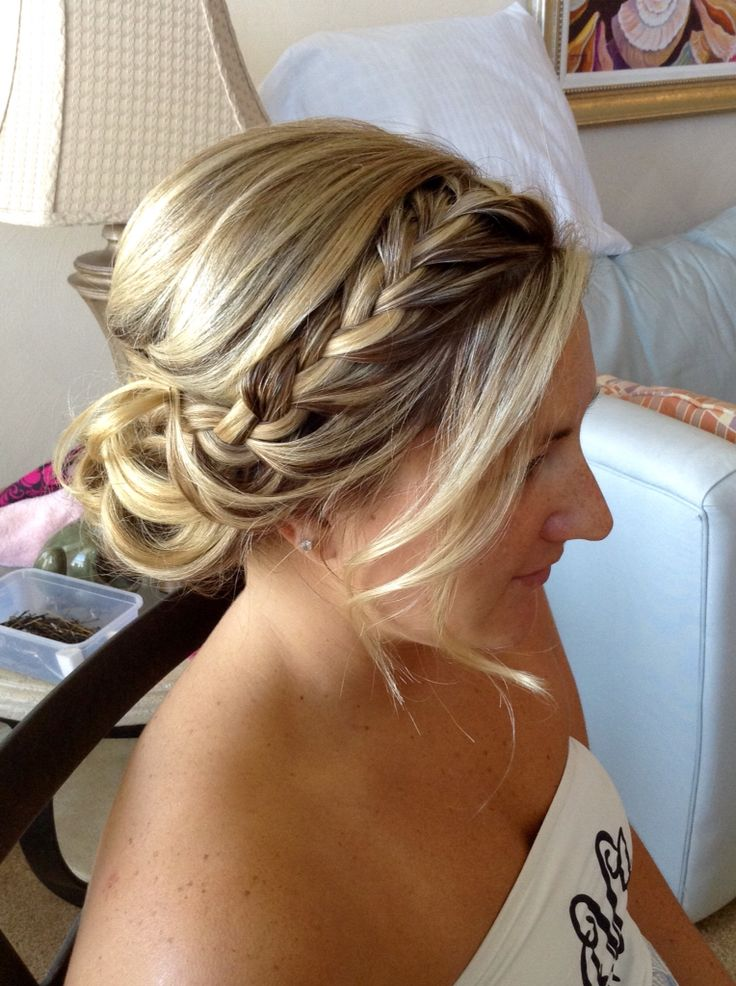 Soft side updo with front braid by The Prissy Hippie.