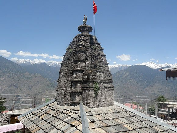 The impressive Bhimakali temple in Sarahan, Himachal Pradesh, rises majestically against a snowy Himalayan backdrop. Sarahan -- on the Kinnaur-Shimla border -- was the capital of the kings of Bhushar, who once ruled neighbouring Kinnaur. Located about 180 km from Shimla, the temple is located in what was once the palace complex. Photographs: Amarjit Singh