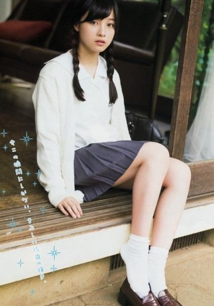 Young Magazine 2015.01 [하시모토 칸나] CM에 이어 잡지 화보도 엄청 찍는 하시모토 칸나실물도 실물...