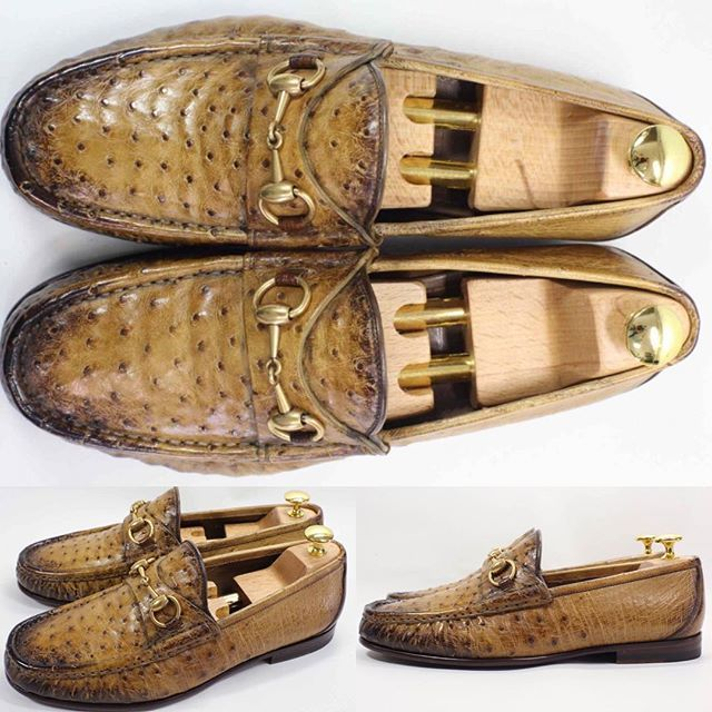2017/10/23 22:20:20 shoesaholic1 GUCCI OSTRICH LOAFER. * グッチの定番ビットローファーのオーストリッチモデルです😁 * 生のオーストリッチよりもアンティークフィニッシュされてるので、洋服に合わせやすいと思います。 * ITEM ID : 377 * #GUCCI #グッチ  #シューホリック #shoes #Mensshoes #shoepolish #boots  #Mensfashion #bespoke #tailar #stylish #fashiongram #instastyle #lookbook #luxury #gentleman #styleforum #ootd #高級靴 #靴磨き #足元くら部 #足元倶楽部  #高級 #オールデン #パラブーツ #ジョンロブ #エドワードグリーン  #クロケットアンドジョーンズ
