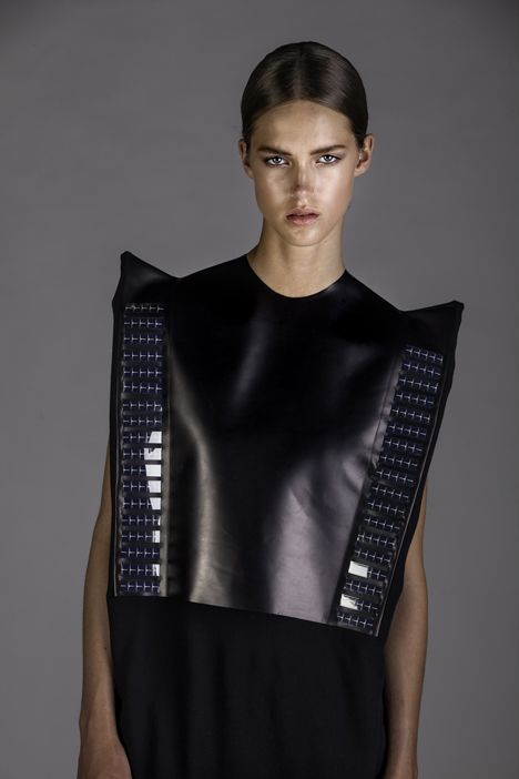 Pauline van Dongen - Solar Cell Dress to charge your cell phone