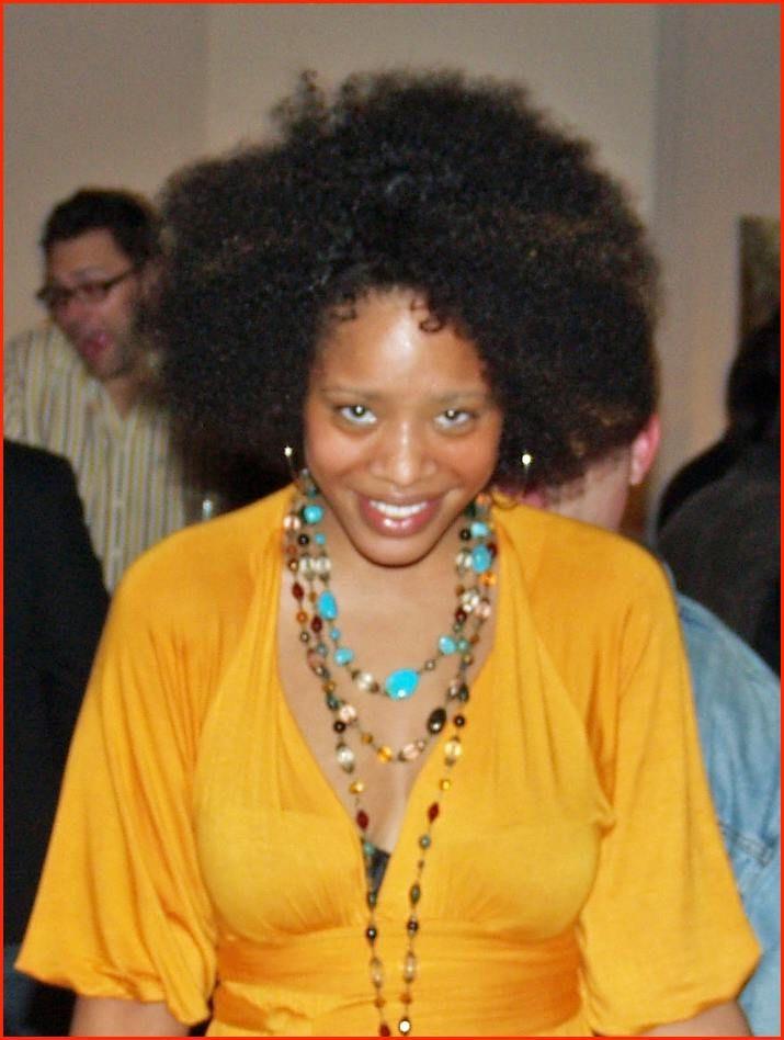 Afro 2 Cropped By David Shankbone Jpg Mode Schonheit