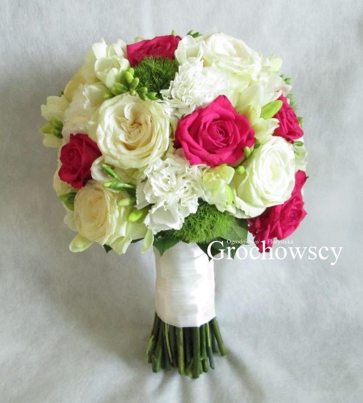 bukiet ślubny Człuchów  #fuksjowe róże #frezje