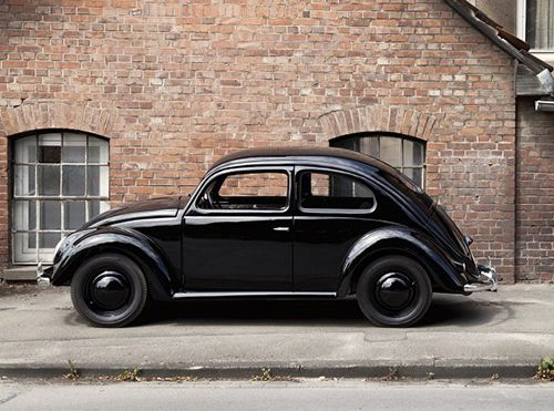 My dad was a big fan of the VW beetle. We used to own two beetle back when I was growing up. They where in the 60's vintage type. Original source - http://convoy.tumblr.com/post/25972280048