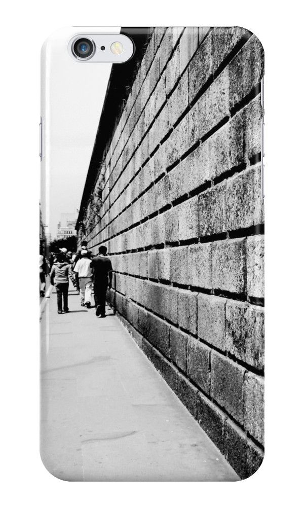 Street Lines by nath-gary #iPhone #iPhoneCases #Photography #UrbanPhotography #People #Architecture #Urban #BlackAndWhite #Lines #Perspective