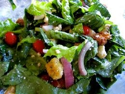 How to build amazing salads! Includes nutrients and everything!
