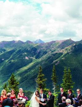 Majestic mountain wedding backdrop | photo by Jason+Gina Photographers