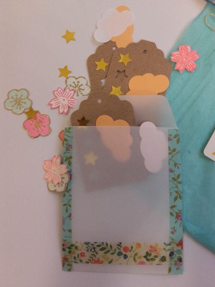 Goodies en papier, étiquettes/tags, die cuts à la perforeuse et à la main // paper goodies, hand carved flowers die cuts