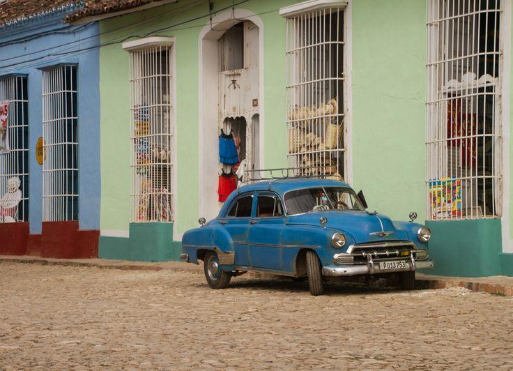caribbean coloours in Trinidad, Cuba