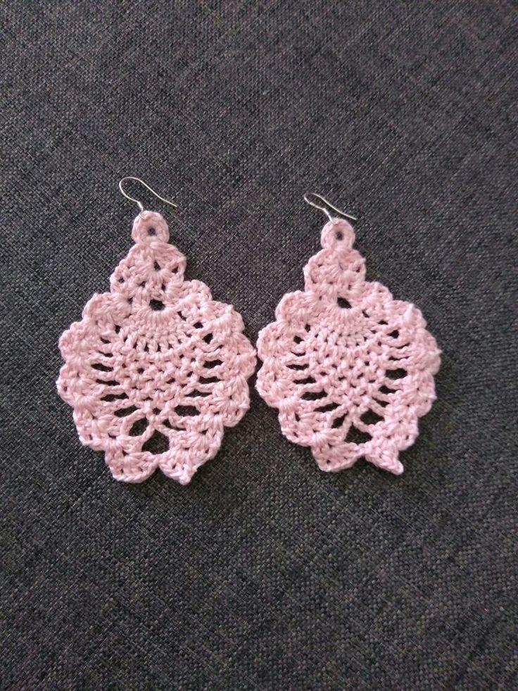 Σκουλαρίκια κρεμαστά!!! Η νέα μόδα.... Που όλες λατρεύουν... #crochet #handmade #creations #jewelry #accessories #pink #earrings  #mywork #newcolletion #iloveit❤️ #metaxerakiamou #neraidodhmiourgies