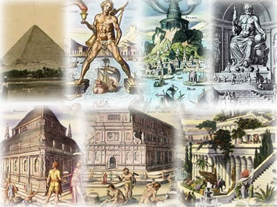 O historiador Heródoto (484 - ca. 425 aC) eo estudioso Calímaco de Cirene (ca. 305-240 aC), no Museu de Alexandria, as primeiras listas feitas de sete maravilhas, mas seus escritos não sobreviveram, exceto como referências. As sete maravilhas incluídos: 1.- Grande Pirâmide de Gizé 2.-Jardins Suspensos da Babilônia 3.-Estátua de Zeus em Olímpia 4.-Templo de Artemis em Éfeso 5.-Mausoléu de Halicarnasso 6.-Colosso de Rodes 7 .- Farol de Alexandria