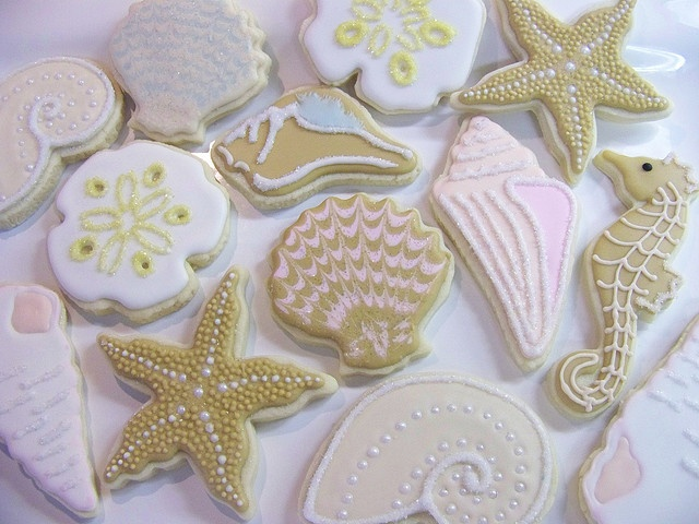 Cute and unusual beach-themed cookies! Love the palest of pastel coloured icing. The starfishes are amazing!