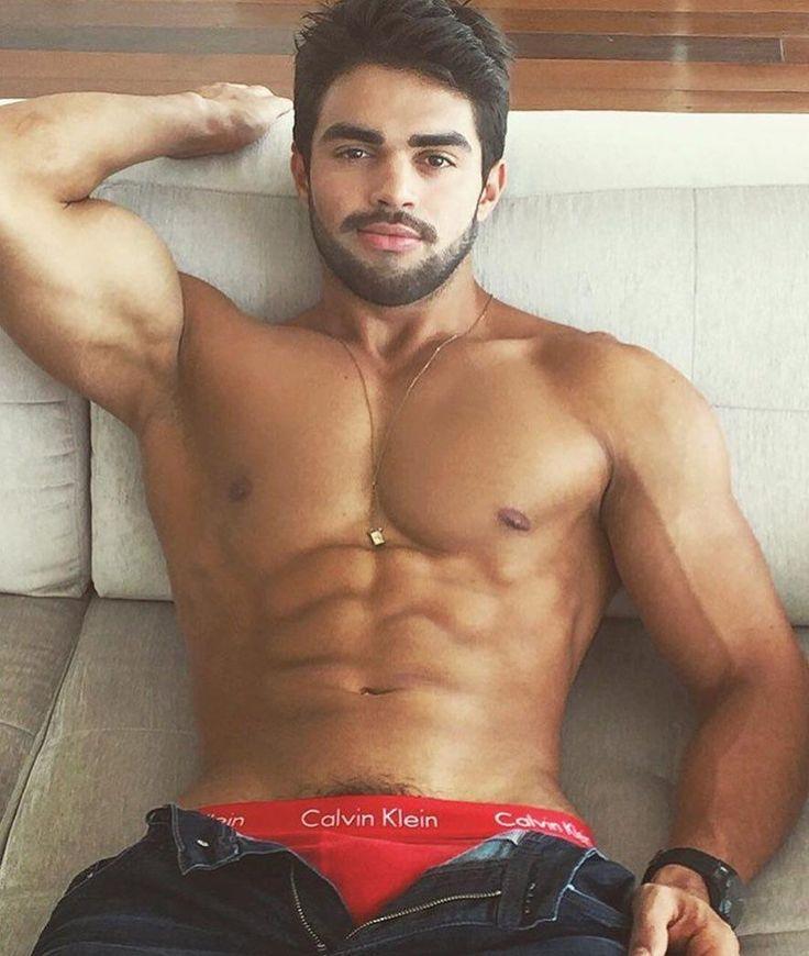 bisexual-man-not-dating-men-thingirlporn