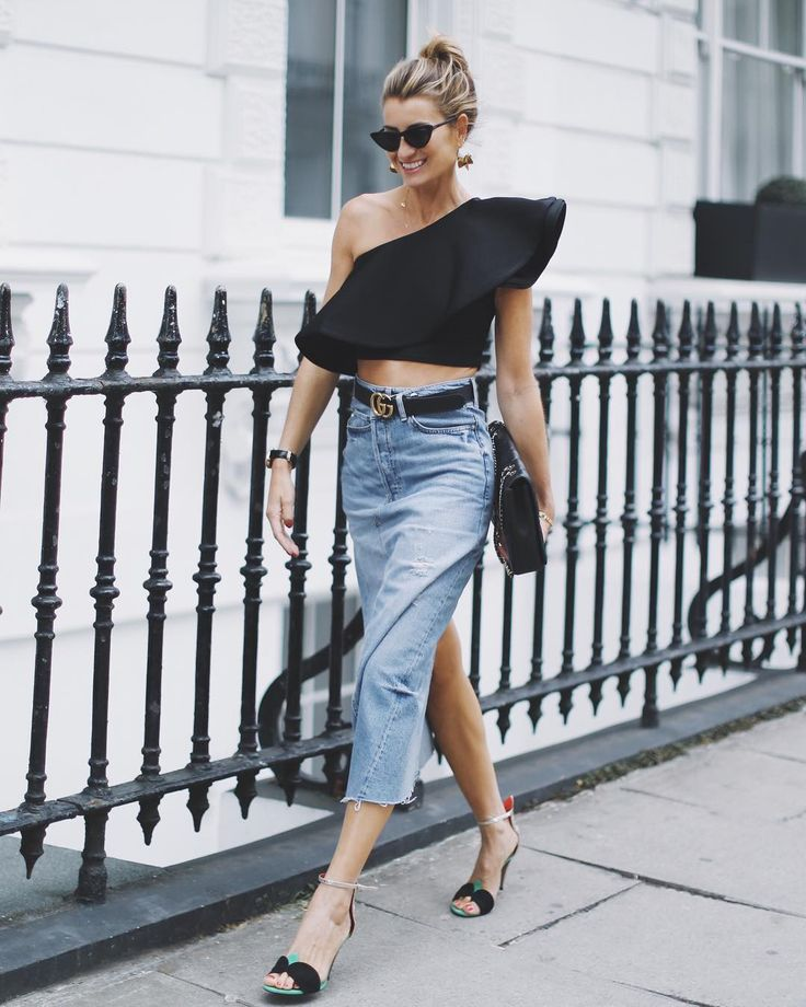 "5,398 Gostos, 137 Comentários - Silvia García BARTABAC (@bartabacmode) no Instagram: ""Yesterday wearing (maxi) denim skirt and (maxi) ruffle top for the shows, with @puralopezofficial…"""