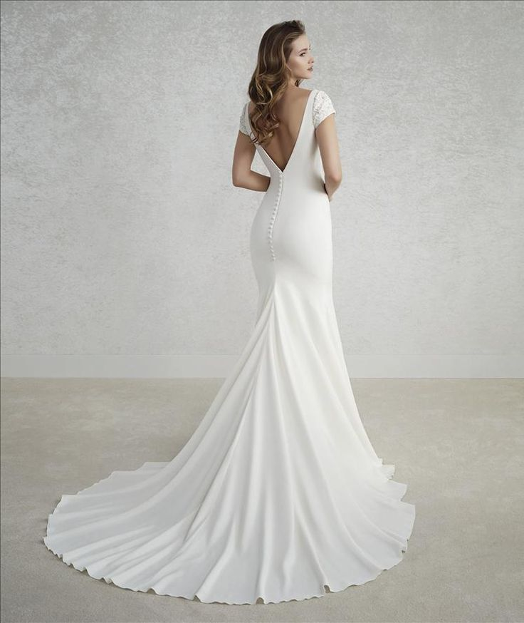 The 24 best White one 2018 images on Pinterest | Wedding frocks ...