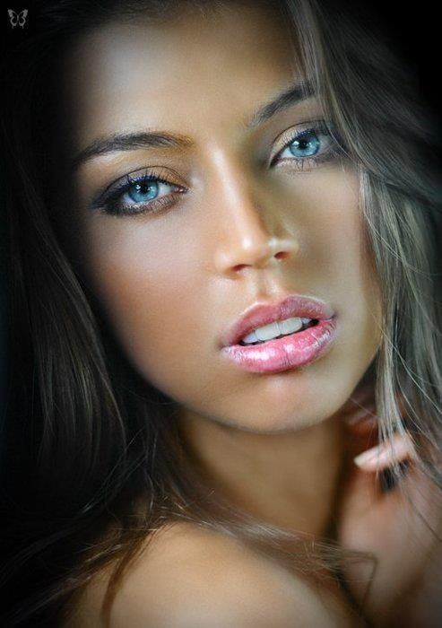 Beautiful Girl Portraits by Dmitriy Grechin