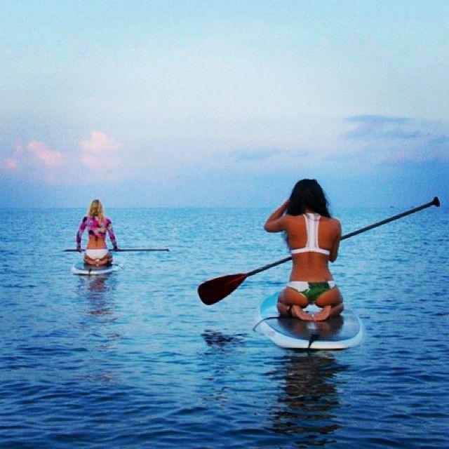 PaddleBoarding Babes