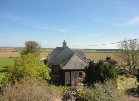 Saughmont Cottage, Carmyllie, Arbroath, Angus, Scotland. Holiday. Travel. Accommodation. Dog Friendly. Disabled Access. https://www.theholidaycottages.co.uk/.