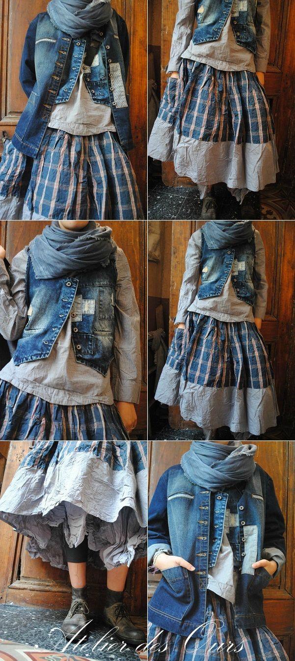 MLLE PETULA : Veste + gilet sans manche en jean, chemise fines rayures, jupe à carreaux, jupon en organdi, chaussures SHOTO - Atelier des Ours.