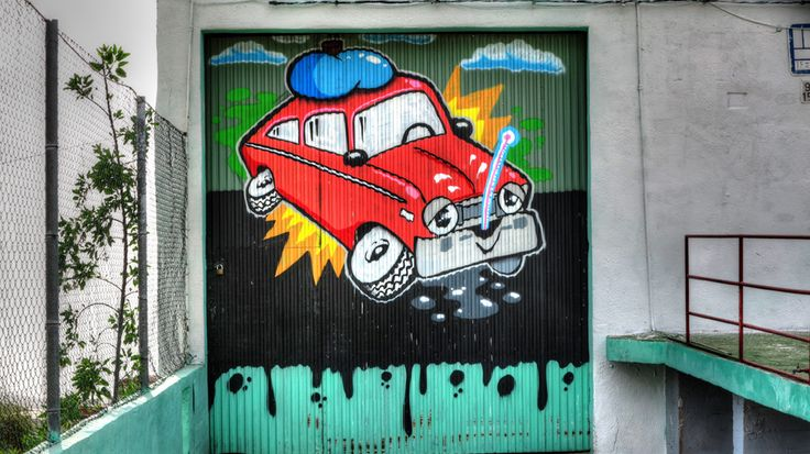 Very cool garage door painting I found outside of Guia de Isora on TF82, Tenerife