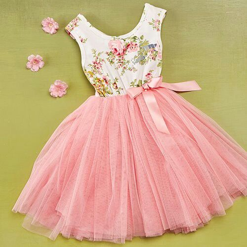Pretty little girls dress