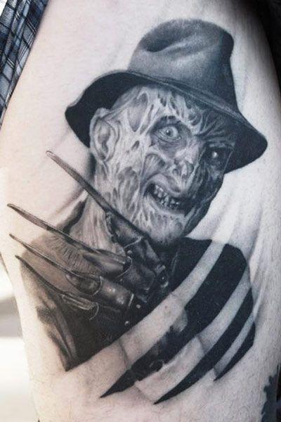 Tattoo Artist - Tye Harris   www.worldtattoogallery.com/tattoo_artist/tye_harris