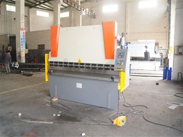 China Factory 63Ton*3200 Metal Sheet Bending Machine, CNC