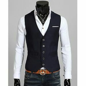 Primark mens clothes are the hottest buy in the UK and around the world. The chain boasts stores and counting, making it a convenient way to stretch the notes in your wallet.
