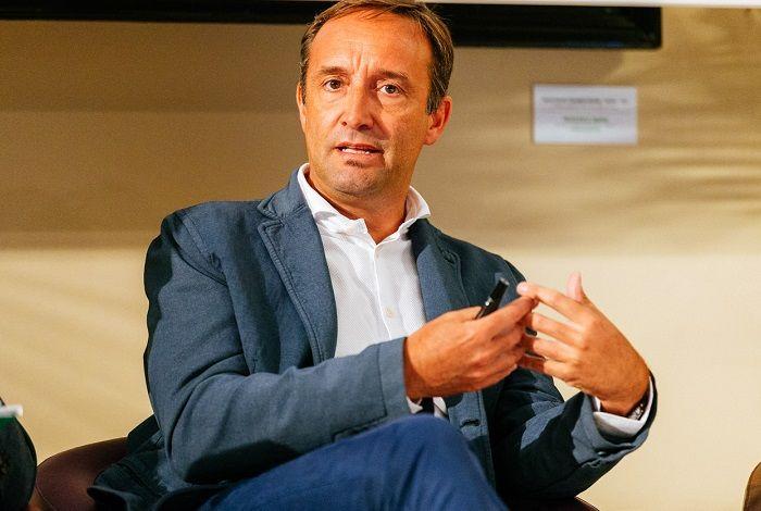Profilo di Marcello Albergoni, numero uno di LinkedIn Italia: tra relazioni, social netwrok e scenari futuri per il mondo del lavoro.