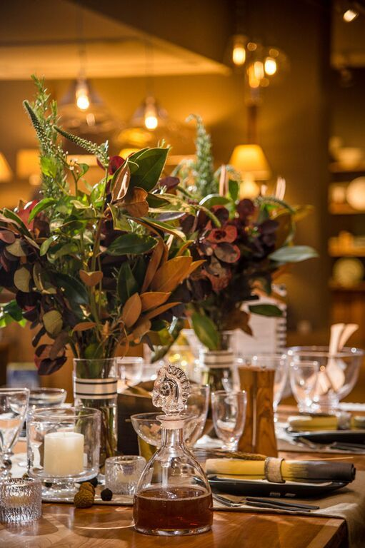 Elements of Style Blog | Fall Tablescape for Simon Pearce | http://www.elementsofstyleblog.com