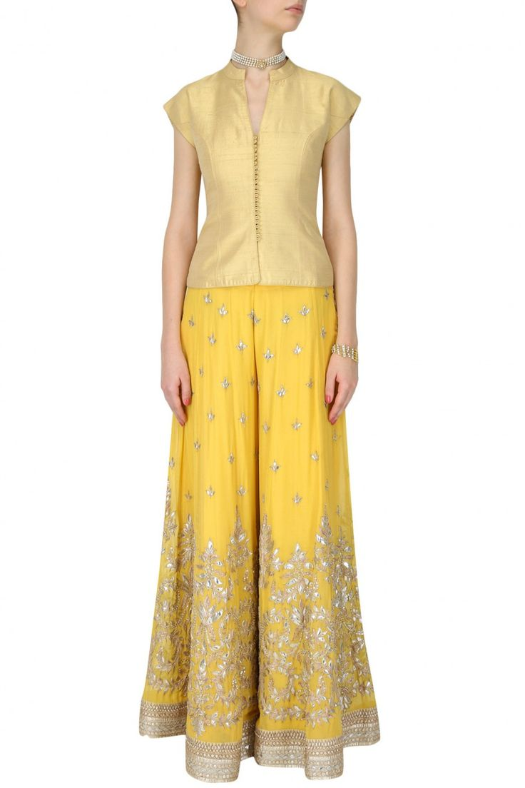 #perniaspopupshop #anitadongre #ethnic #clothing #shopnow #happyshopping