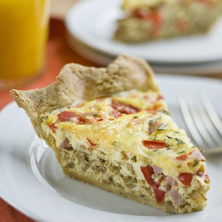 This healthy quiche recipe is perfect for entertaining�the quiche can be made ahead and is just as flavorful served warm or at room temperature. Filled with ham, red bell pepper, caramelized onions and Swiss cheese, this healthy quiche with a whole-grain crust is perfect for breakfast or brunch, or served with a light salad for lunch.