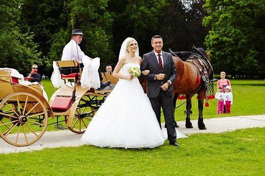 Zorka Kepková Hejdová ve svatebních šatech z NUANCE