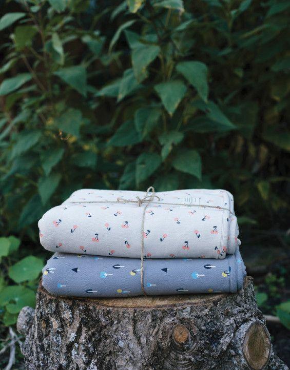 cherry or-chard | sweatshirting blanket