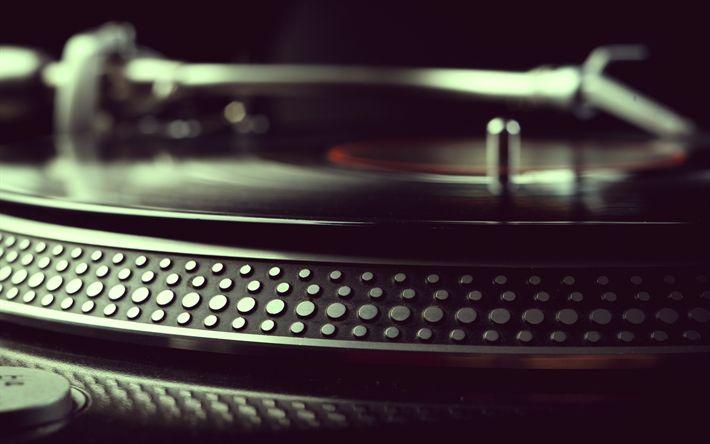 Download wallpapers Gramophone, record player, vinyl records, macro