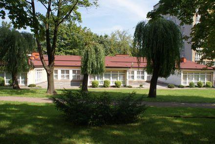 Tychy, przedszkole, arch. T. Bobek, (obecnie Ośrodek rehabilitacyjny, częściowo przebudowany). Foto. Janusz A. Włodarczyk ©