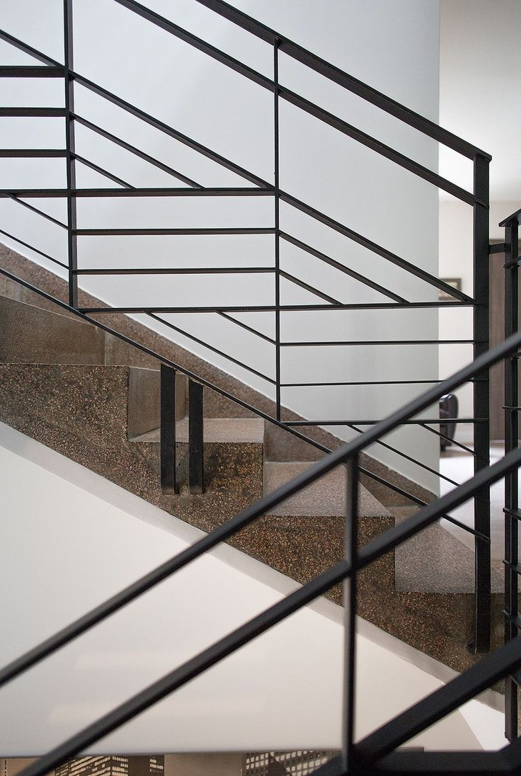Main courante escalier originale les for Architecture originale