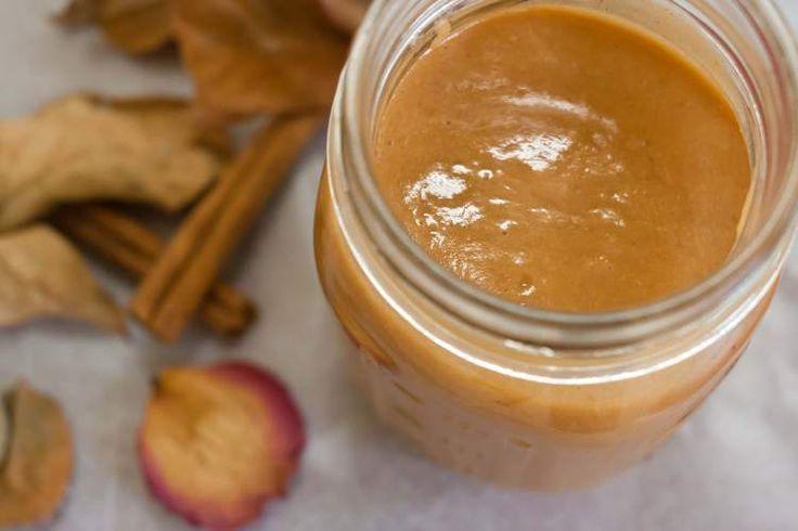 De zoete aardappel zit vol met antioxidanten en essentiële voedingsstoffen, zoals Vitamine C. Daarom is dit smoothie recept een absolute must om te maken!