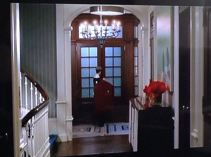 Miranda in her NYC townhouse | Devil wears Prada | Pinterest ...