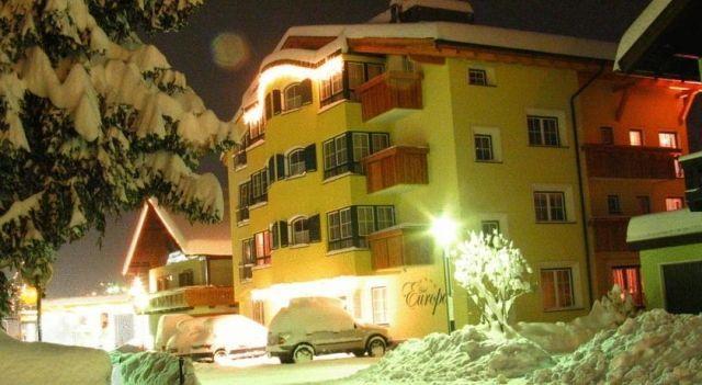 Hotel Garni Europa - 4 Sterne #Hotel - CHF 211 - #Hotels #Österreich #SanktAntonAmArlberg http://www.justigo.ch/hotels/austria/sankt-anton-am-arlberg/garni-europa_44588.html