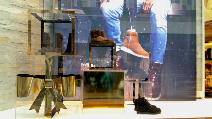 @uggaustralia on the #RegentStreetQuadrant have everything you need to keep cosy this #Christmas.
