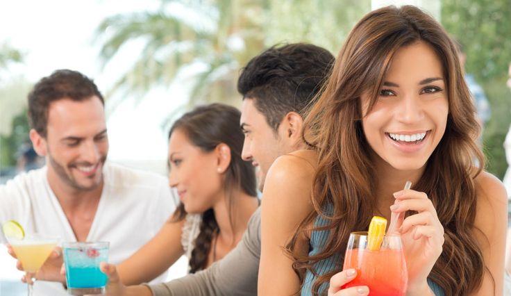 quantidade de interacções sociais que uma pessoa tem aos 20 anos e a qualidade das relações aos 30 são determinantes para a saúde e o bem-estar na vida adulta, revelou um estudo norte-americano.