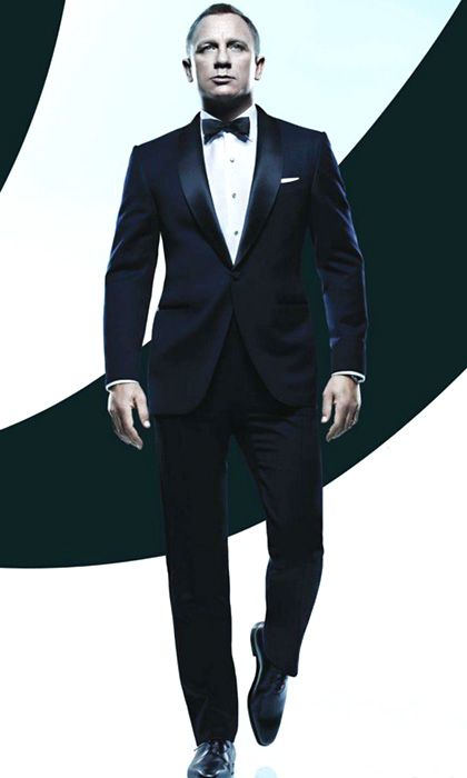 Buy James Bond Tuxedo at Hedford.com in a Discounted Price. This MTM Daniel Craig Tuxedo is ON SALE Designed with Premium Quality Fabric and Stitching.